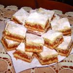 Nenáročný domácí recept na lahodný jablečný koláč