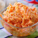 Chutný a zdravý salát z čerstvých mrkví